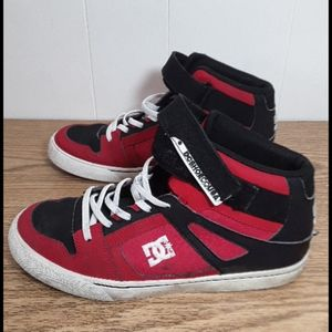 DC shoes hightop with red, white and black